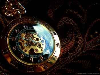 Steampunk_Pocketwatch_by_purpleglovez